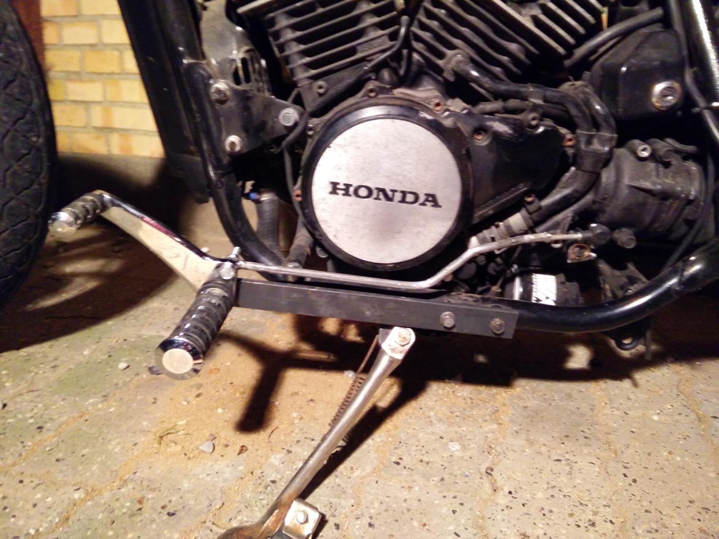 Honda vt 500 c bobber | vt 500 | Honda bobber, Honda, Bobber