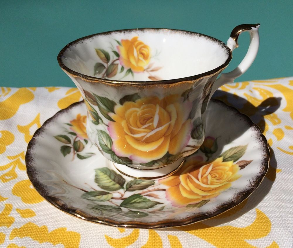 VINTAGE YELLOW ROSES BUDS BONE CHINA FOOTED TEA CUP & SAUCER ENGLAND GOLD TRIM #GoldenCrown
