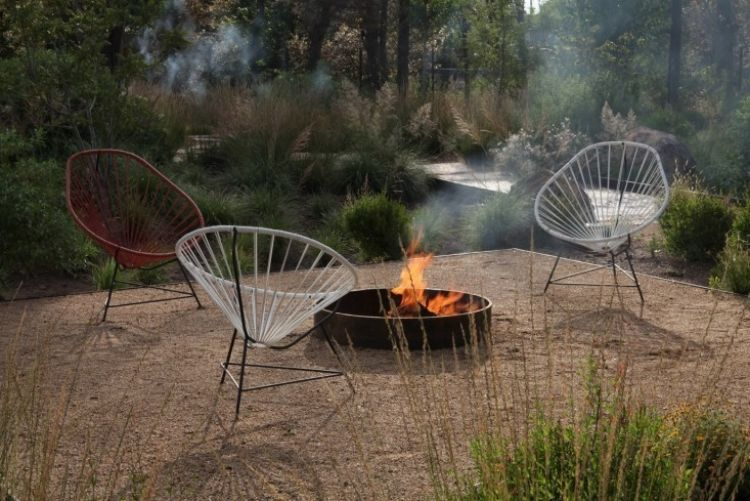 Steingarten Anlegen Gartengestaltung Kies  Splitt Modern Feuerstelle Graeser Outdoor