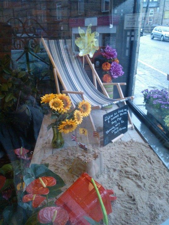 Summer Holiday Window Holiday Window Display Store Window