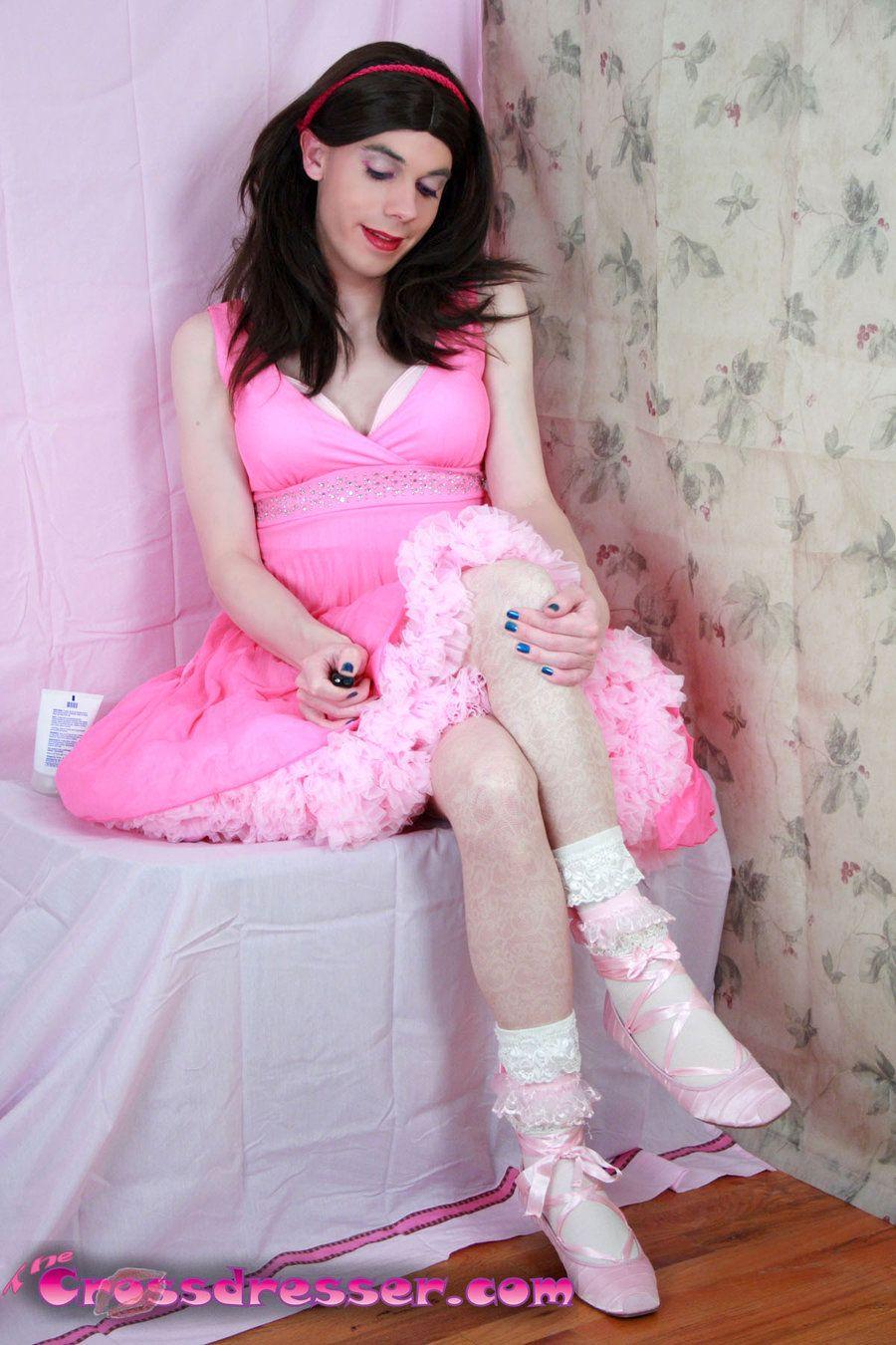 My Pretty Pink Gel Nails: Pink Sissy By TheCrossdresser.deviantart.com On