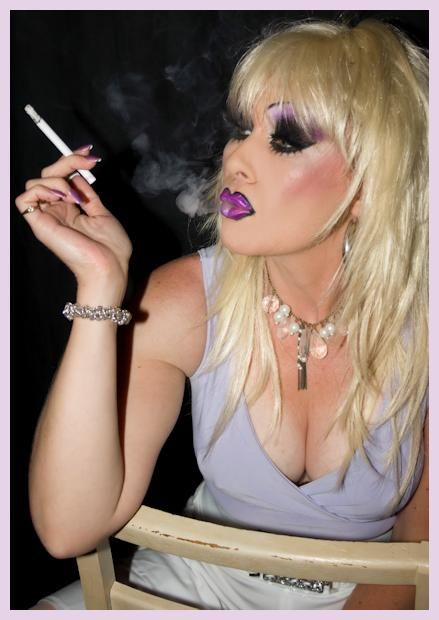 Luscious Lexi Heavy Make Up Pinterest Smoking