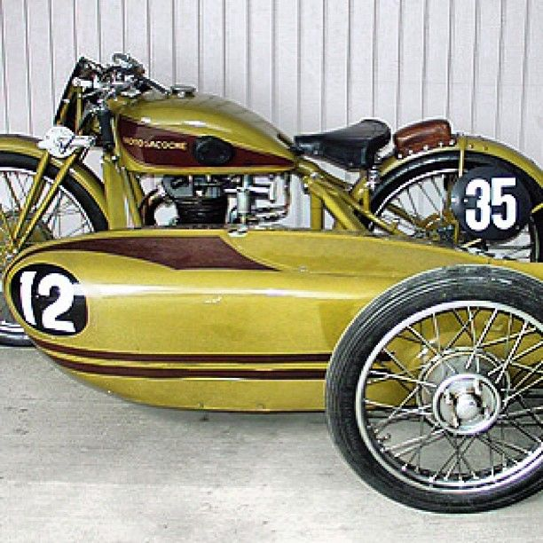 sidecar with cover