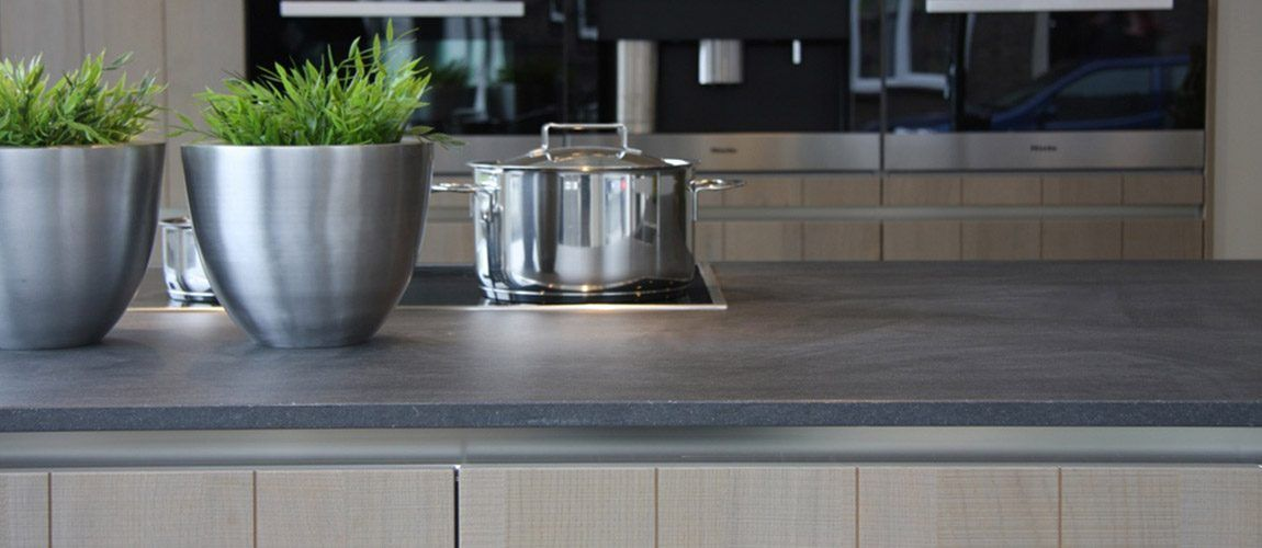 Ceramic Worktop Advantages And Disadvantages At A Glance Ceramic Worktop Kitchen Luxury Kitchen Worktops Worktops Bromsgrove Ajxpzxv Kitchenunits Kitche