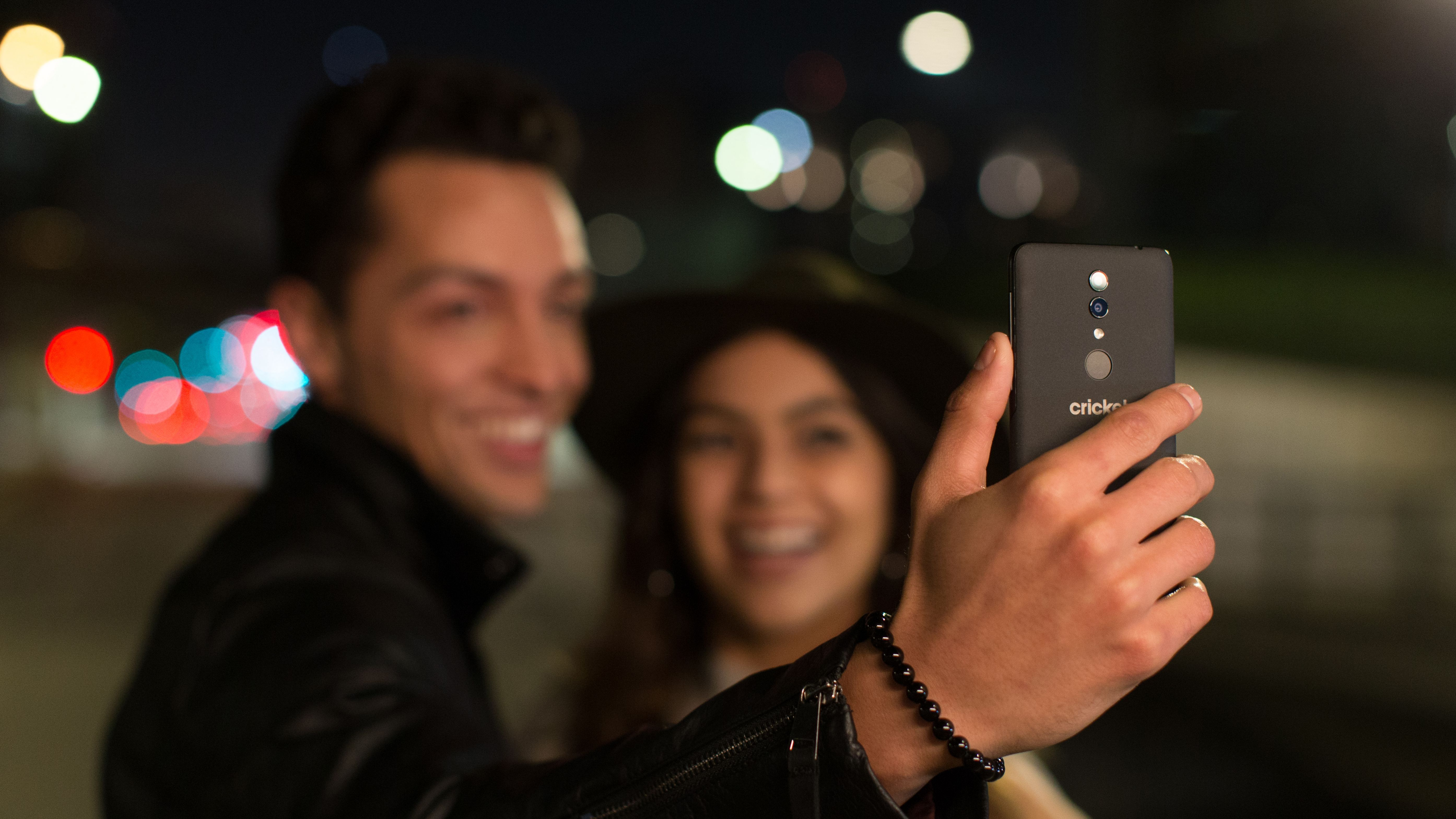Alcatel Onyx Is A Souped Up Version Of The Alcatel 1x Exclusively For Cricket Wireless Cricket Wireless Cell Phone Plans Phone Plans