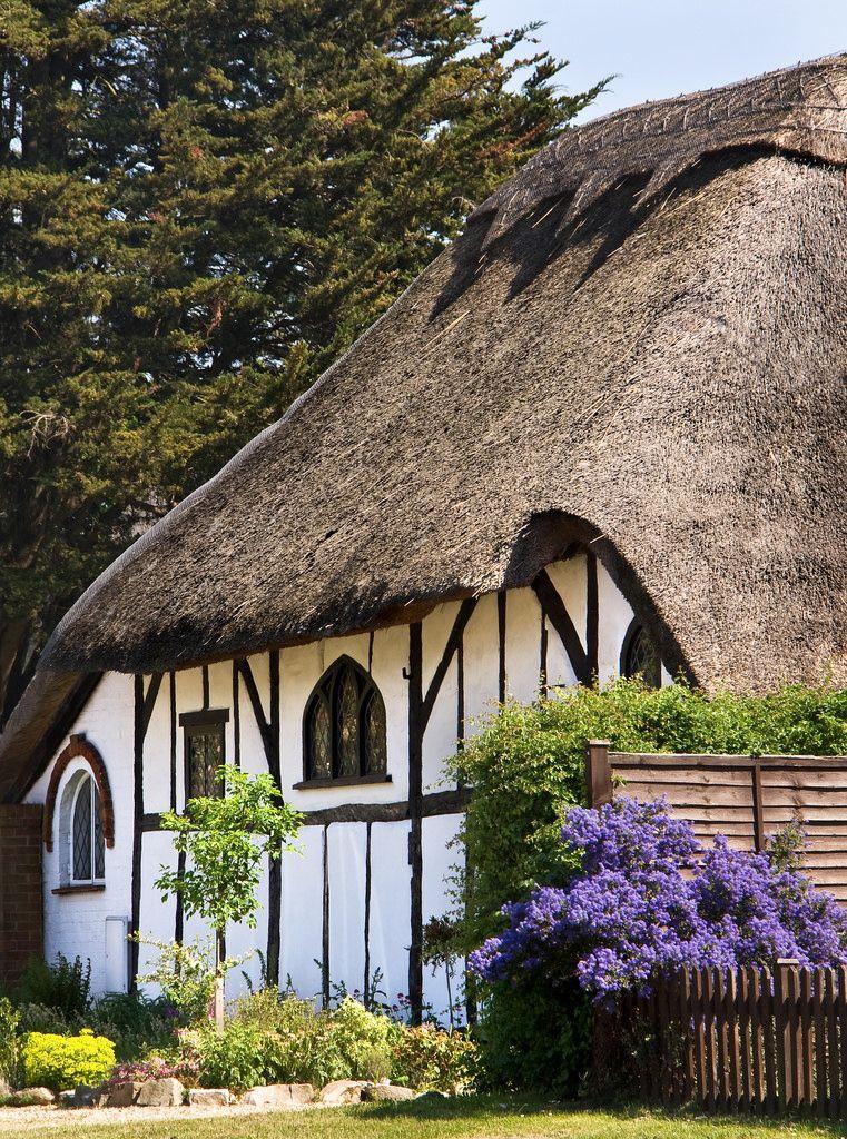 Thatched cottage, Frimley Green | Pinterest | Fachwerk, britischer ...