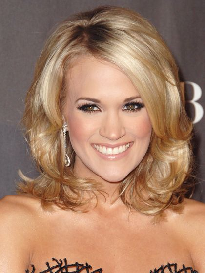 "Find the Best Haircut for Your Face Shape  FOR OVAL FACES: BOB WITH SIDE BANGS ""A collarbone-grazing bob with side-swept bangs helps break up a long face and add softness,"" says McMillan. Carrie Underwood's fits the bill. Keep bangs in place with a pea-size drop of light gel such as American Crew Light Hold Styling Gel."