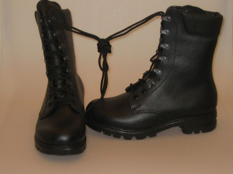 The old dutch army boots. still have them! | Army boots