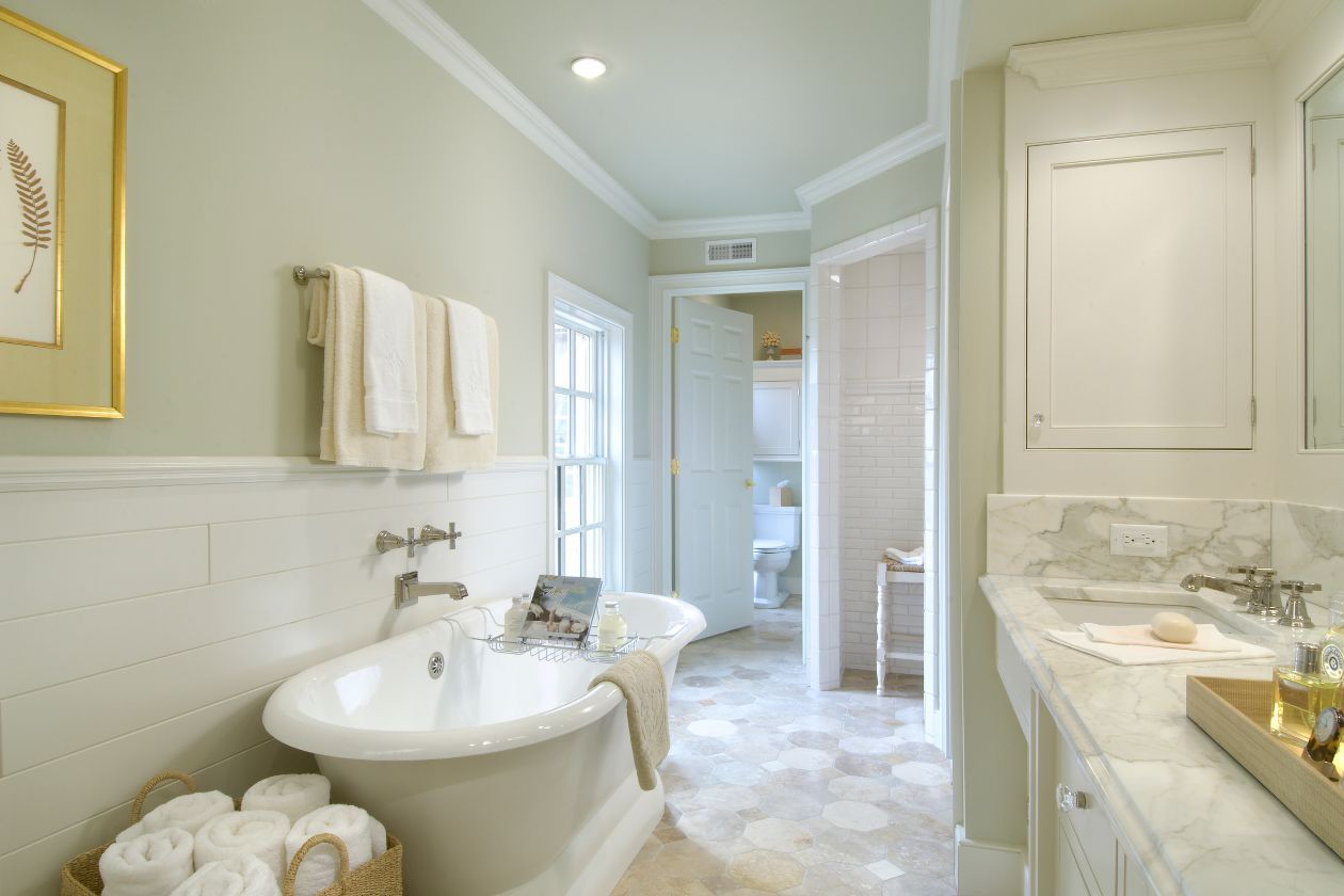 This Roman style bathroom features WoodHaven planks on the walls ...