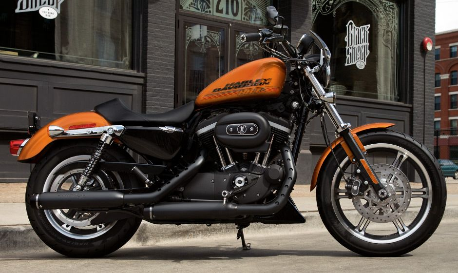Harley Davidson Has Prepared A Roadster Edition Of The 883 Sportster But It Looks Like It Vintage Harley Davidson Harley Davidson 883 Harley Davidson Painting