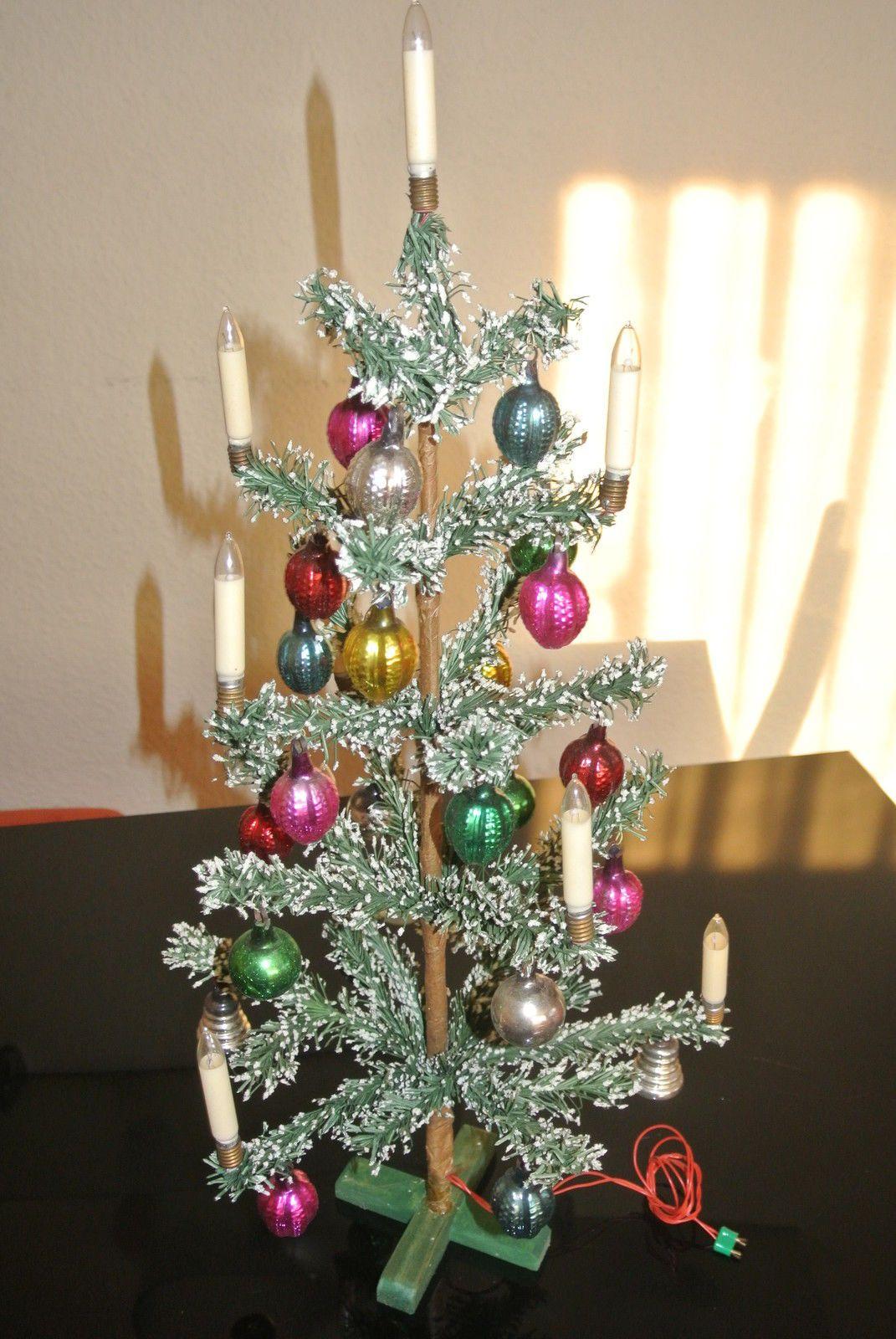 Cool Alter Christbaum Tannenbaum mit Kugeln und Beleuchtung cm in OVP