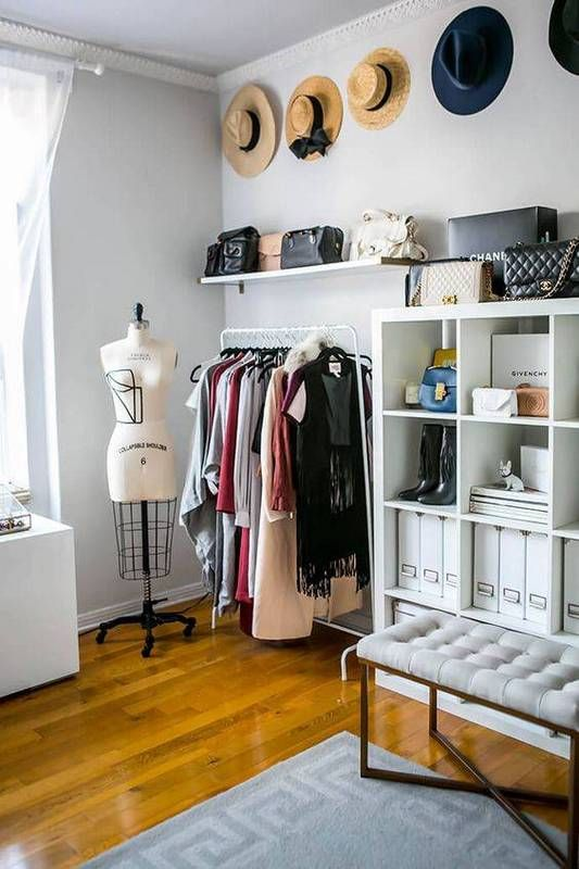 Discover Clever Tips And Tricks For Turning A Spare Bedroom Into The Walk In Closet Of Your Dreams More Organization Decorating Inspiration Go