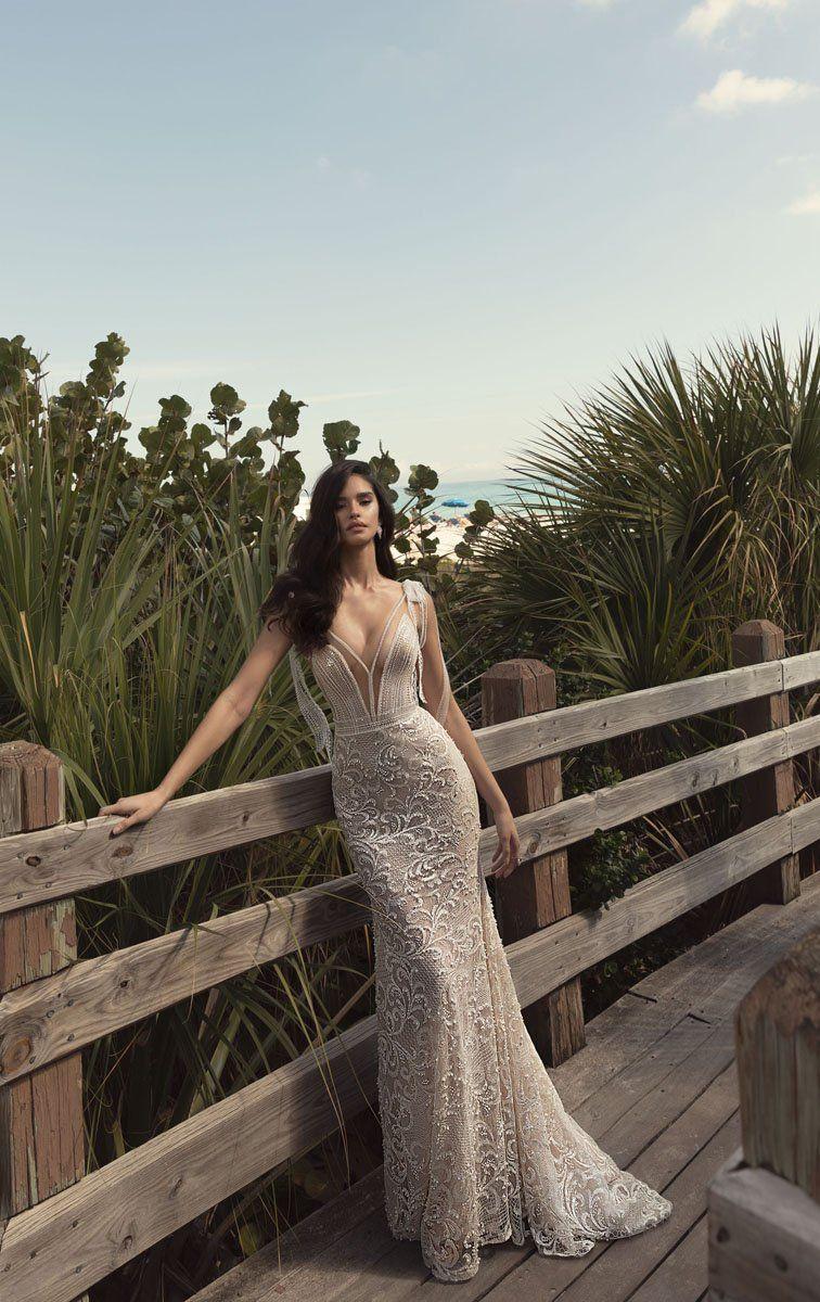Emanuelle In 2019 Dresses Bridal Wedding Dresses Wedding