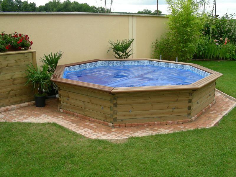 enterrer une piscine en bois gallery of accessoires. Black Bedroom Furniture Sets. Home Design Ideas