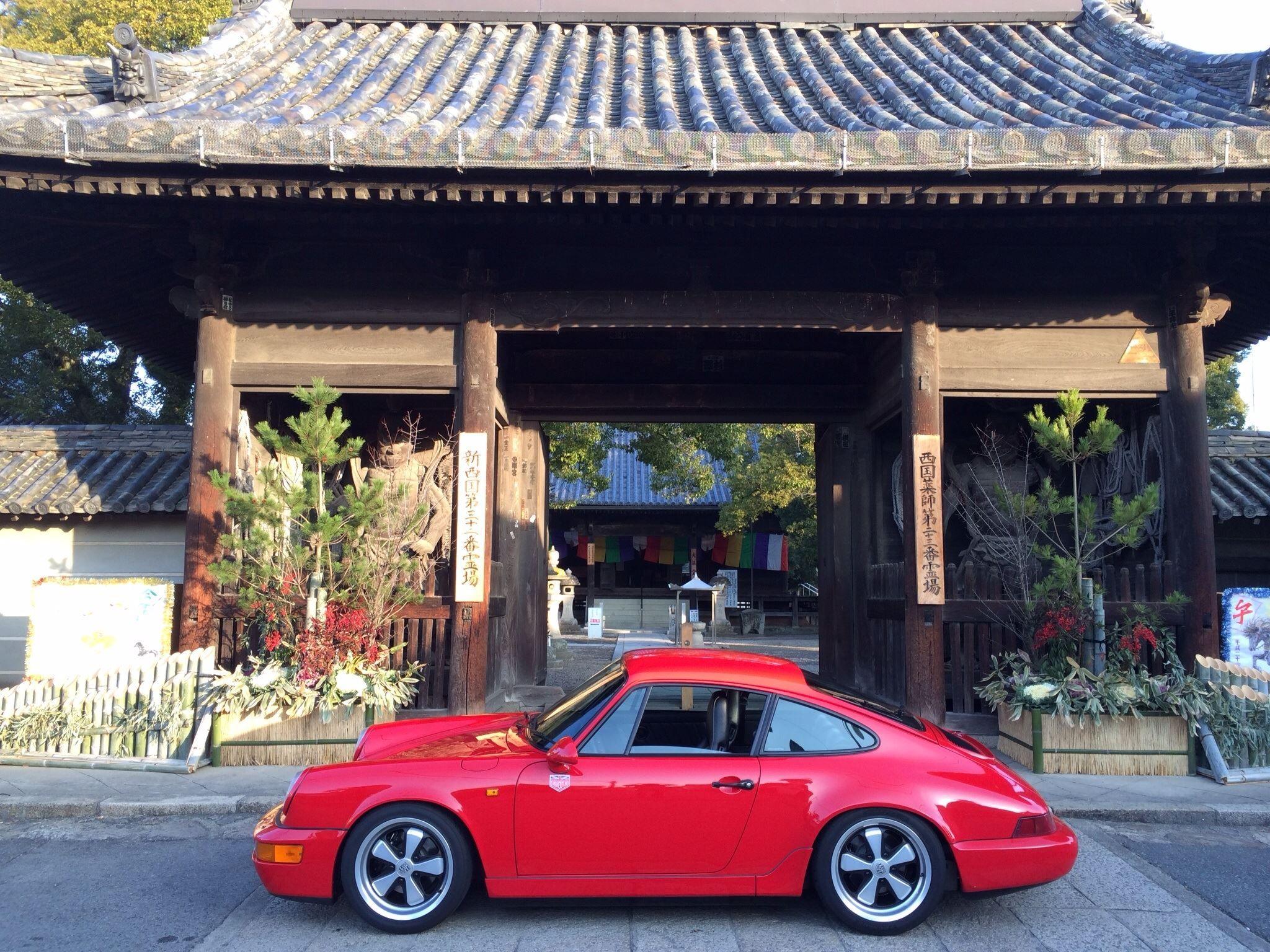 964 in Japan | Porsche 964, Classic cars, Car manufacturers