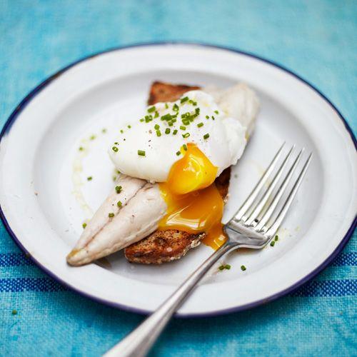 Lunch Ideas Jamie Oliver: Toast Met Makreel En Gepocheerd Ei