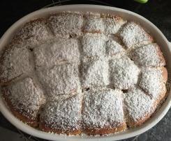 Rhabarber-Baiserkuchen mit Mandelsplittern