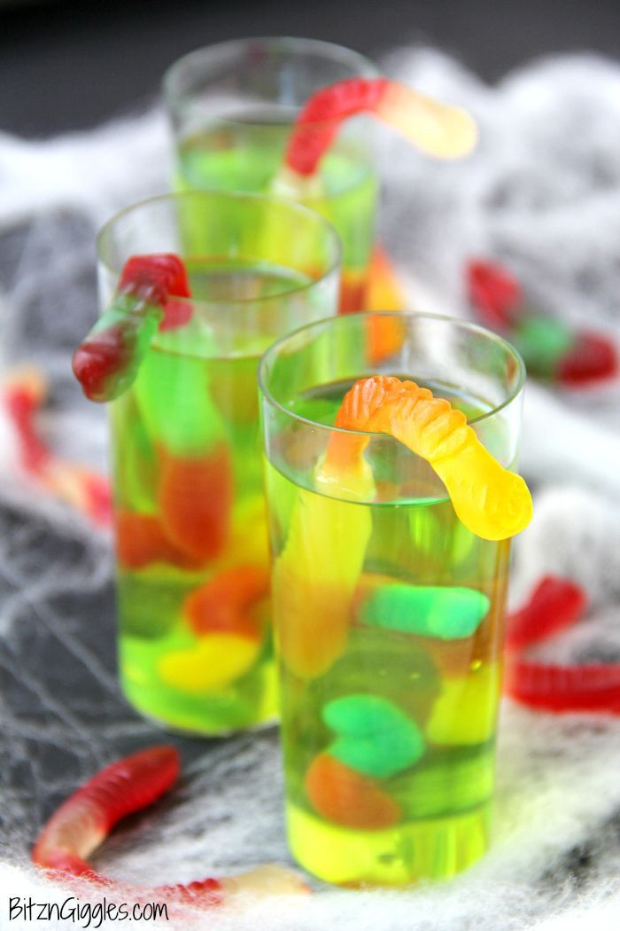 Gummy Worm Jello Shooters #halloweenjelloshots