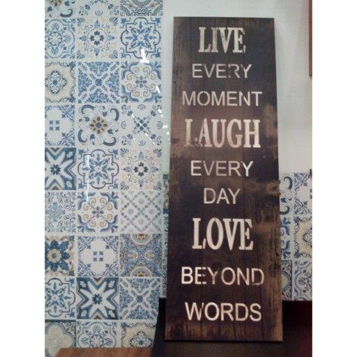 Inspiração em azulejos e frase.