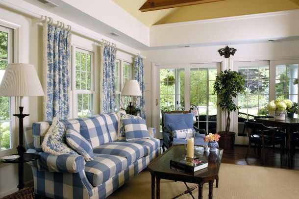 Best Living Room With Blue White Checked Sofa 400 x 300