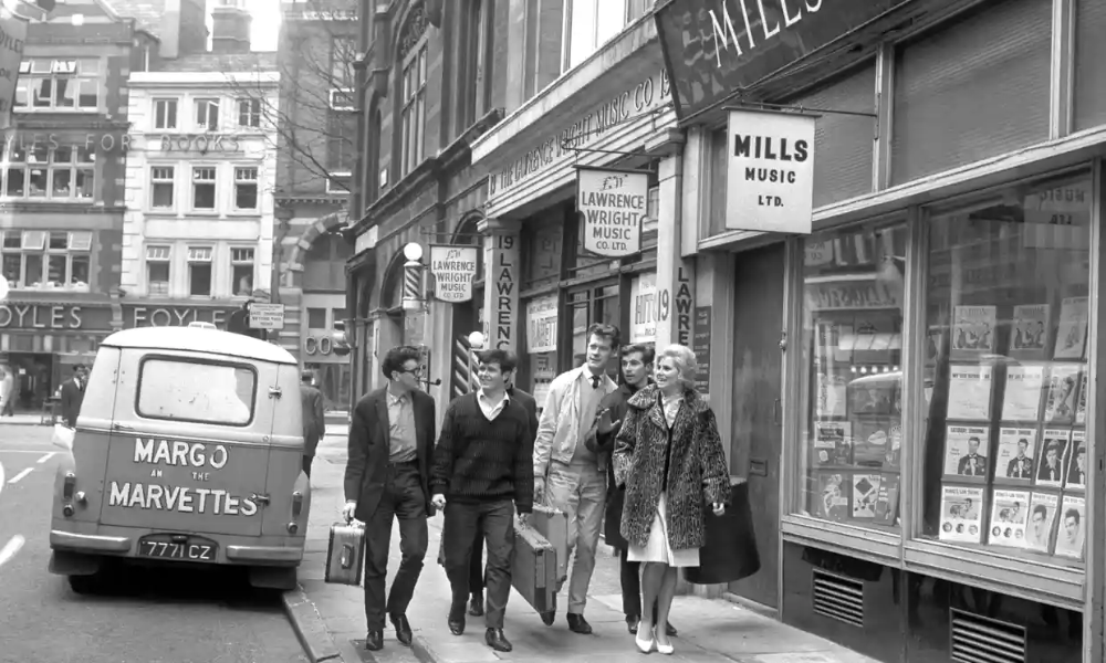 London's changing Tin Pan Alley archive, 15 August 1961