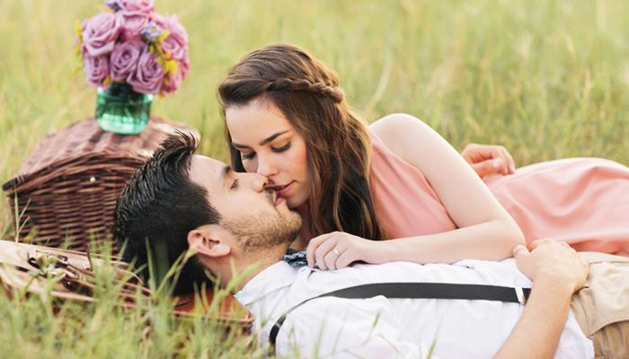 The Best Photographed Kisses That Will Amaze You Happy Kiss Day