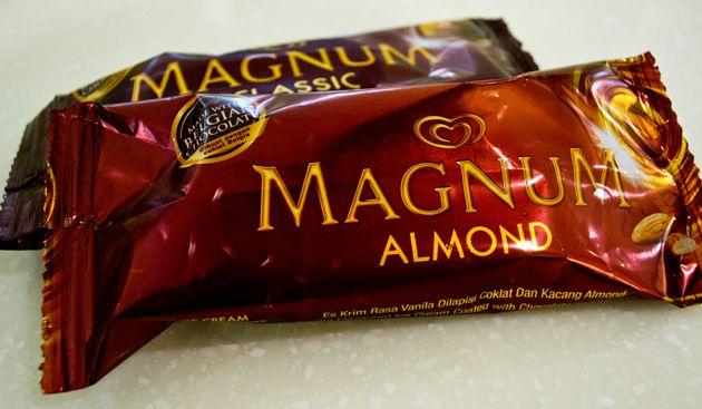 200+ Gambar Coklat Almond