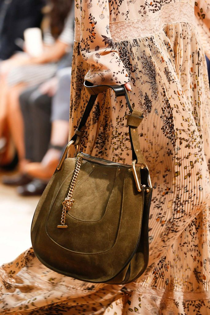Chloé Fall 2015 Ready-to-Wear - Details - Gallery - Style.com ... 15cdb7928