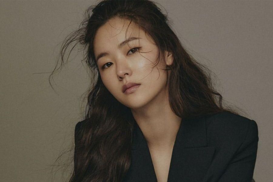 Jeon Yeo Bin Talks About Working With Song Joong Ki For Upcoming Drama, Reflects On Her Rise To Fame, And More