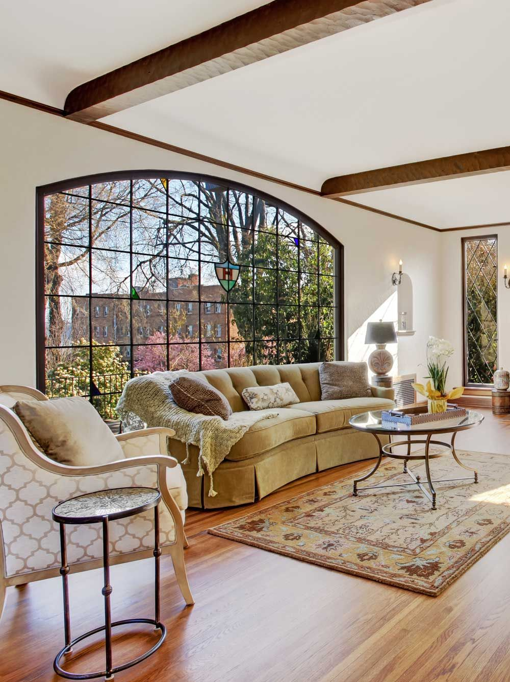 15 Traditional Living Room Decors | Beautiful living rooms ...
