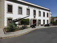 Santa Cruz de Tenerife - El antiguo Fuerte de Almeyda (o Almeida), es Museo Histórico Militar