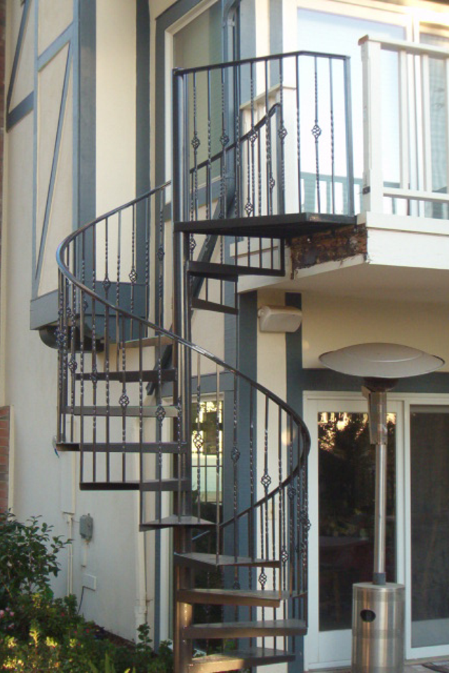 Best Exterior Wrought Iron Spiral Staircase Spiral Staircase 400 x 300