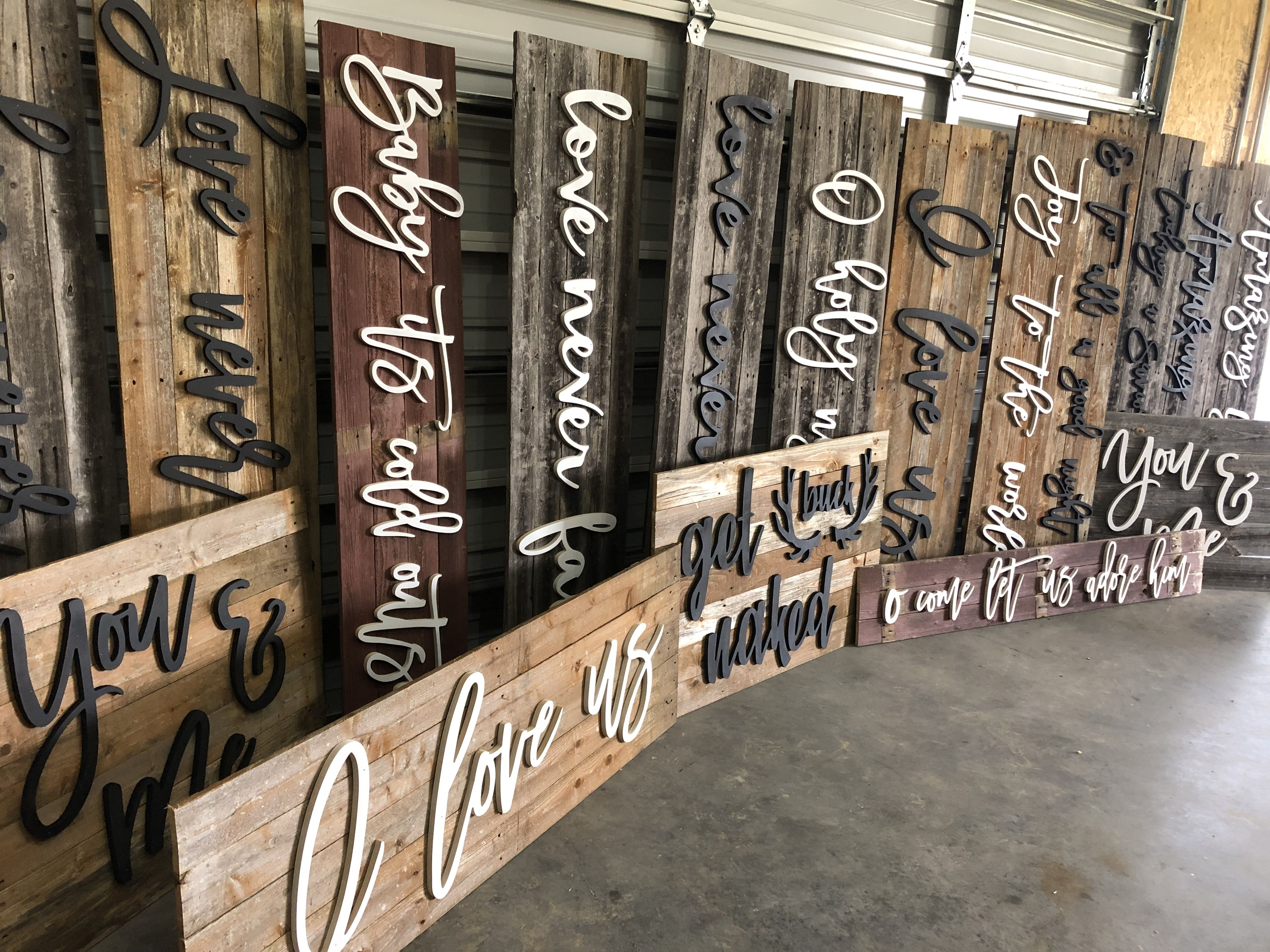 17 Amazing Diy Wall Decor Ideas Transform Your Home Into An Abode House Rules Sign Family Rules Sign Pallet Crafts