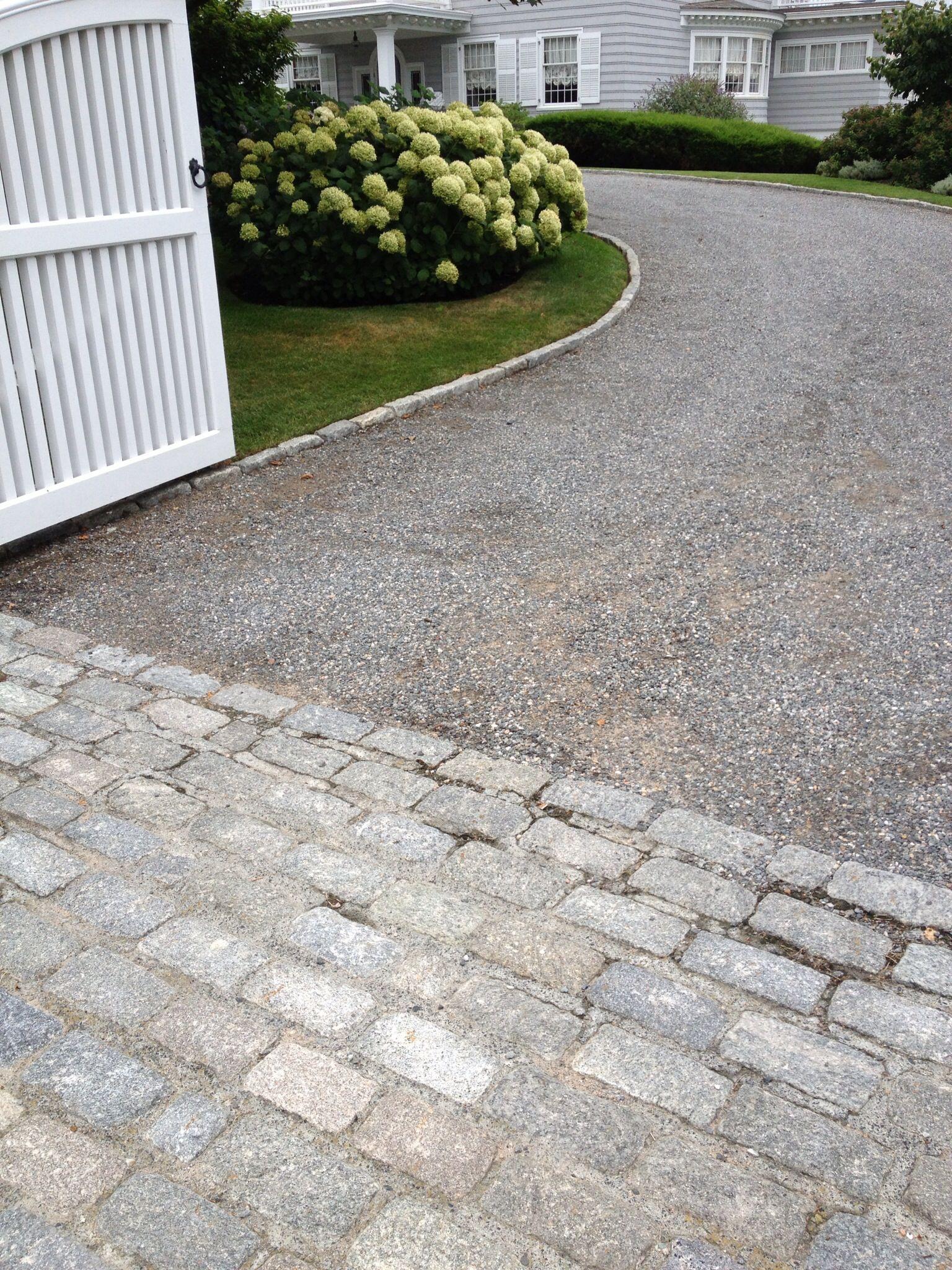 Gravel Driveway Belgian Block Apron Driveway Landscaping