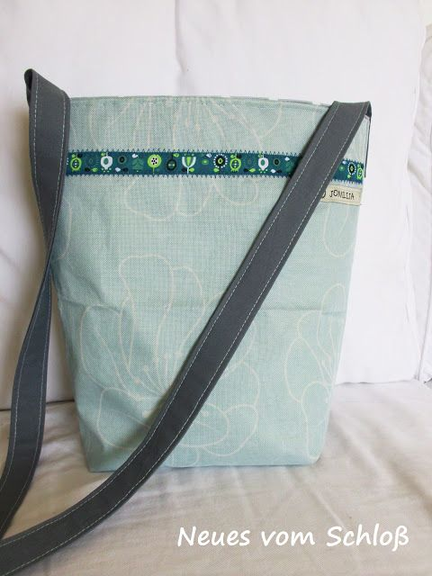 upcycling- Tasche aus Campingstuhl- Bezug