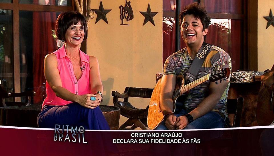 Relembre Faa Morena se divertindo com as imitações de Cristiano Araújo no #RitmoBrasil http://www.redetv.uol.com.br/ritmobrasil/videos/460215/faa-morena-se-diverte-com-as-imitacoes-de-cristiano-araujo.html…