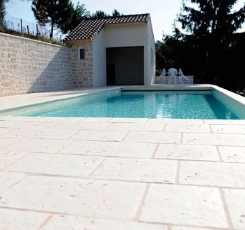 Carrelage sol ext rieur pierra abbaye am nagement for Carrelage piscine exterieure