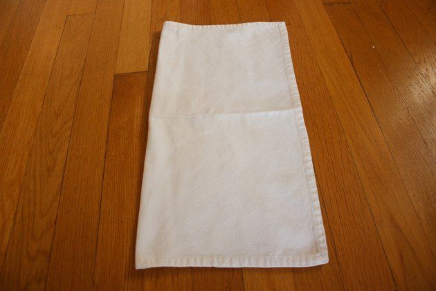 How to Fold Cloth Napkins With Rings #clothnapkins