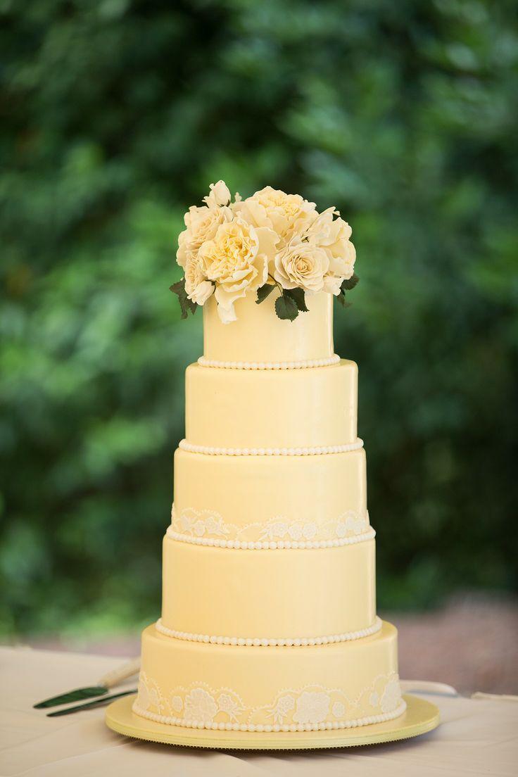 Sunny Summer Garden Wedding | dulces | Pinterest | Wedding cake ...