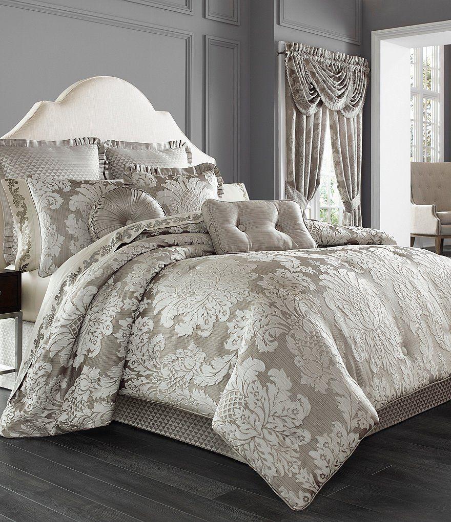 J. Queen New York Chandelier Damask Comforter Set