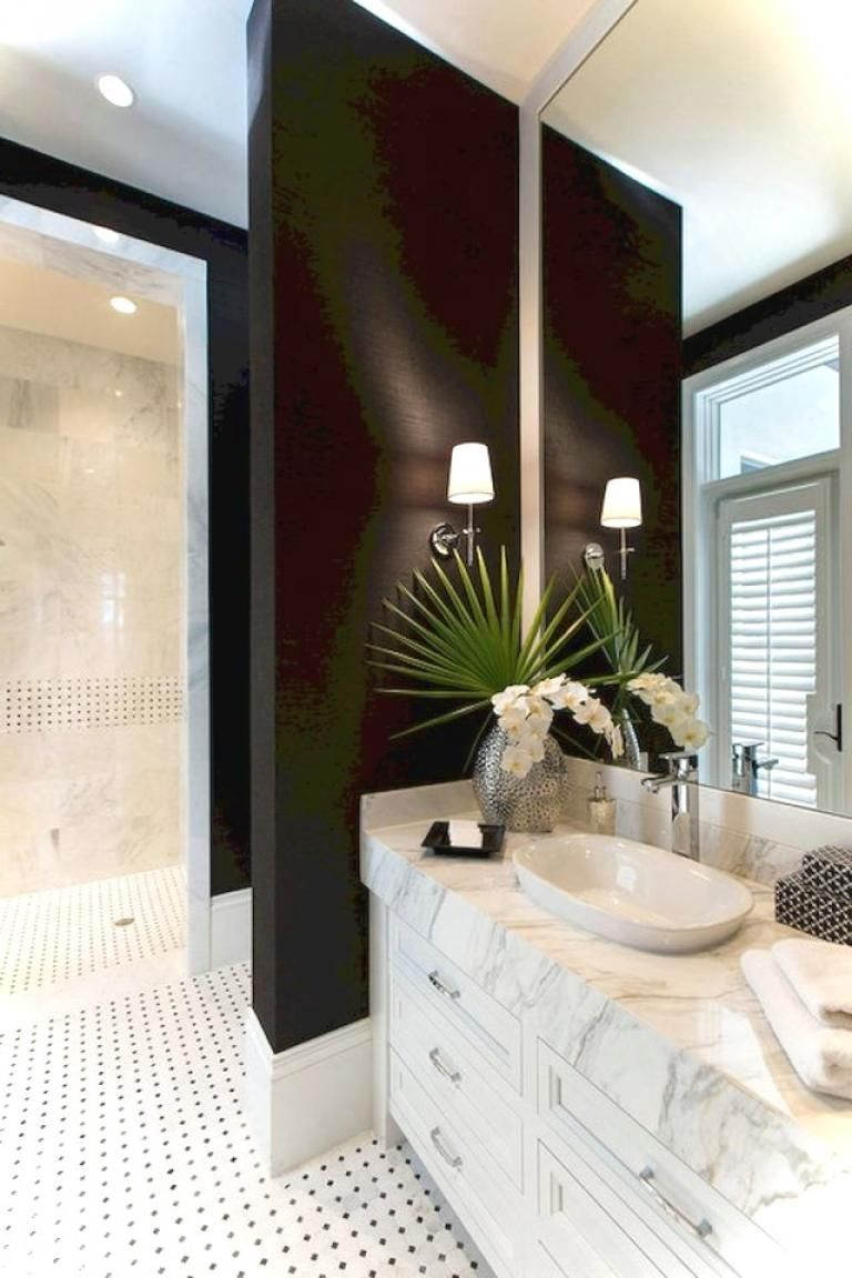 Elegantnyj Sovremennyj Interer 150 Letnego Doma V Avstralii Foto Idei Dizajn White Marble Bathrooms Black White Bathrooms White Bathroom Designs