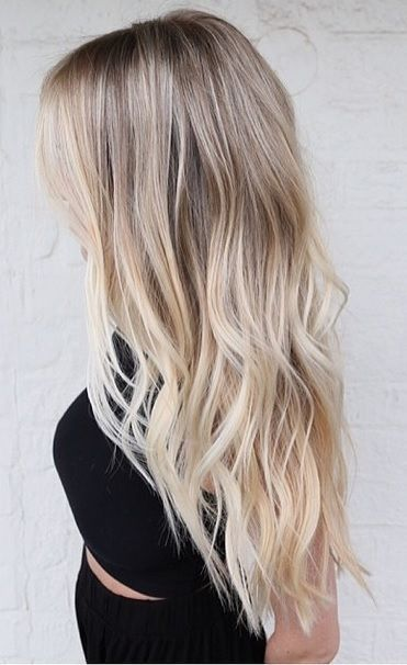 Effortless Ombre Ash Blonde Wavy Hair #naturalashblonde