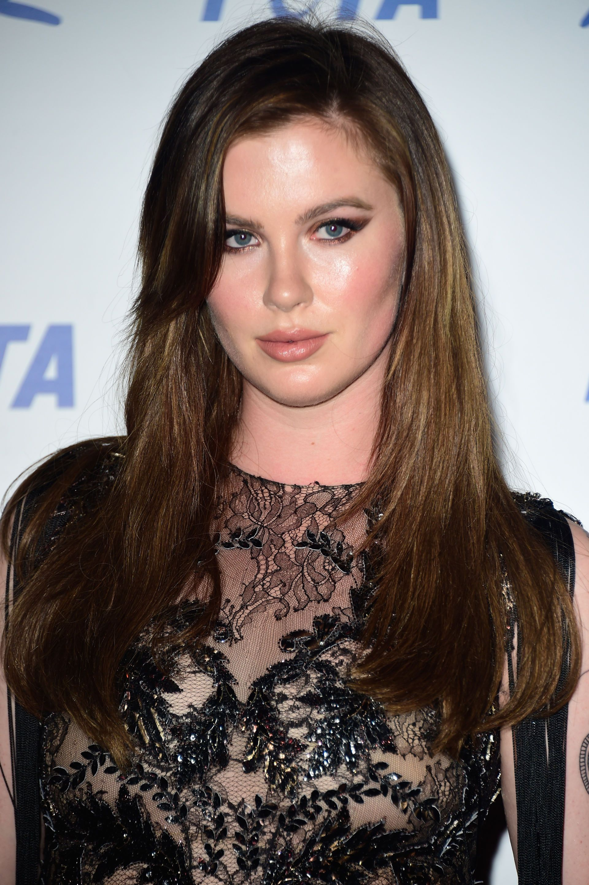 Ireland Baldwin Posted a Nude Photo on Instagram, Her Mom