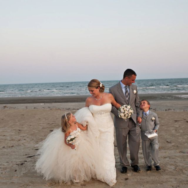 Beach Wedding Must Do Photo With The Kids Wedding Photography