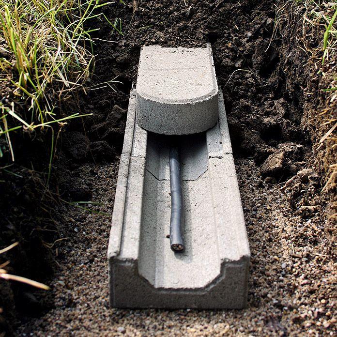 Kabelkanalstein In 2020 Garten Beton Garten Pflaster Gartenbewasserung