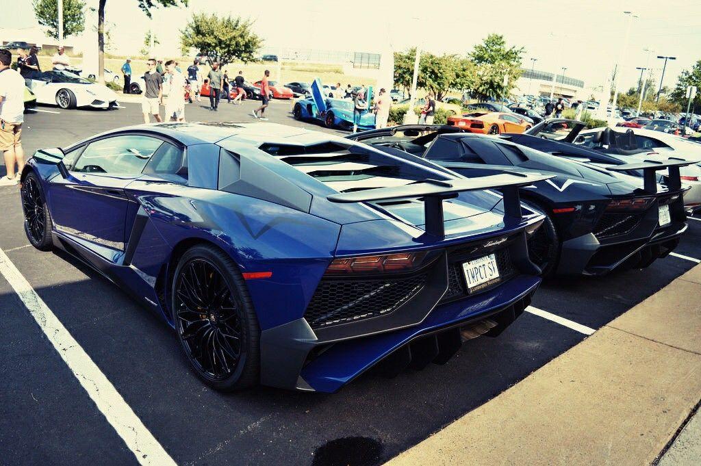 Beautiful Twin Lamborghini Aventador Lamborghini Porsche Carrera Gt