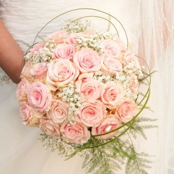 Pink Rose Bridal Bouquet For Brides Who Loves Roses And Ideas That Uses Lovely