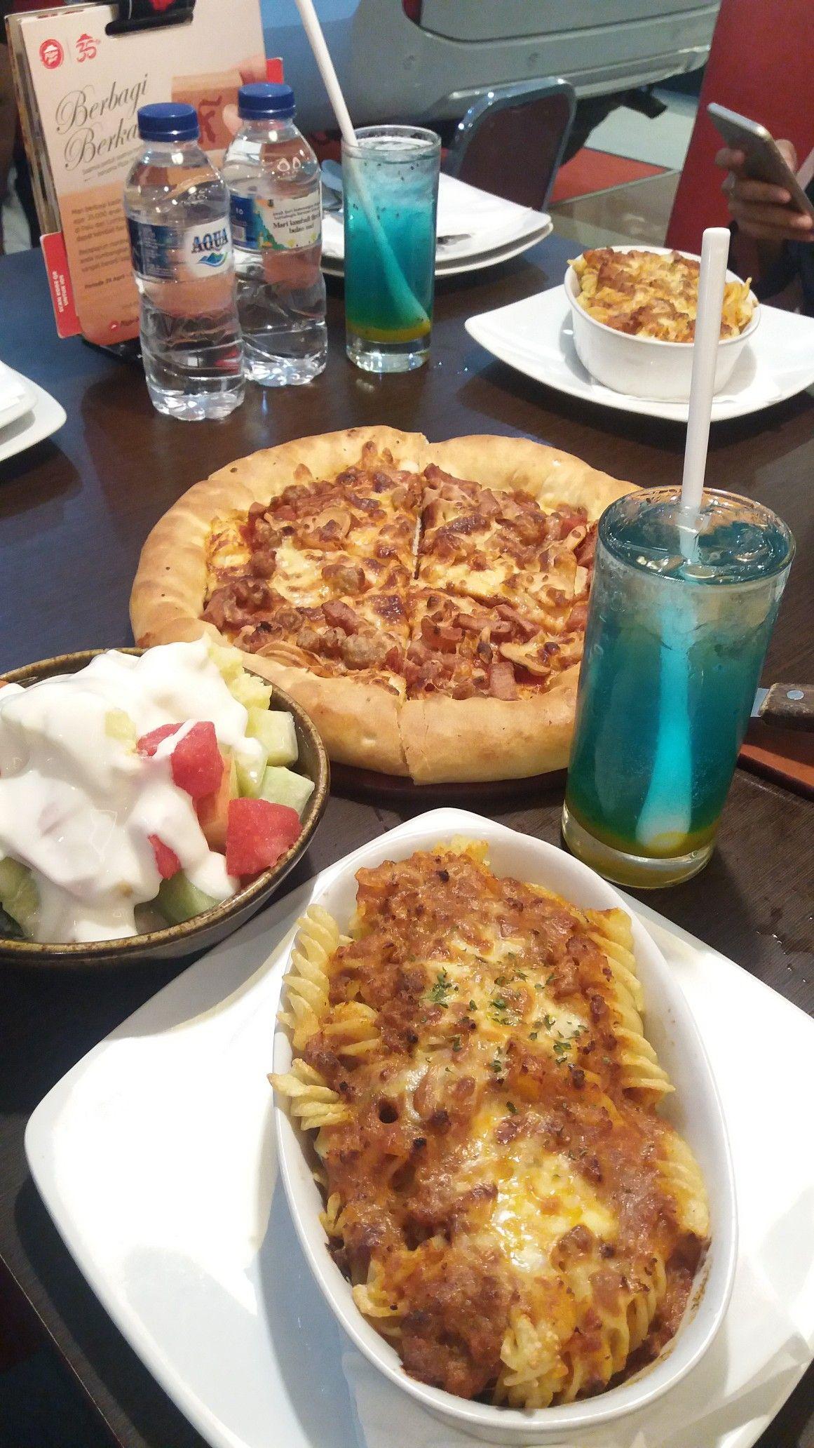 Pizza Hut Bukber Ide Makanan Makanan Makanan Dan Minuman