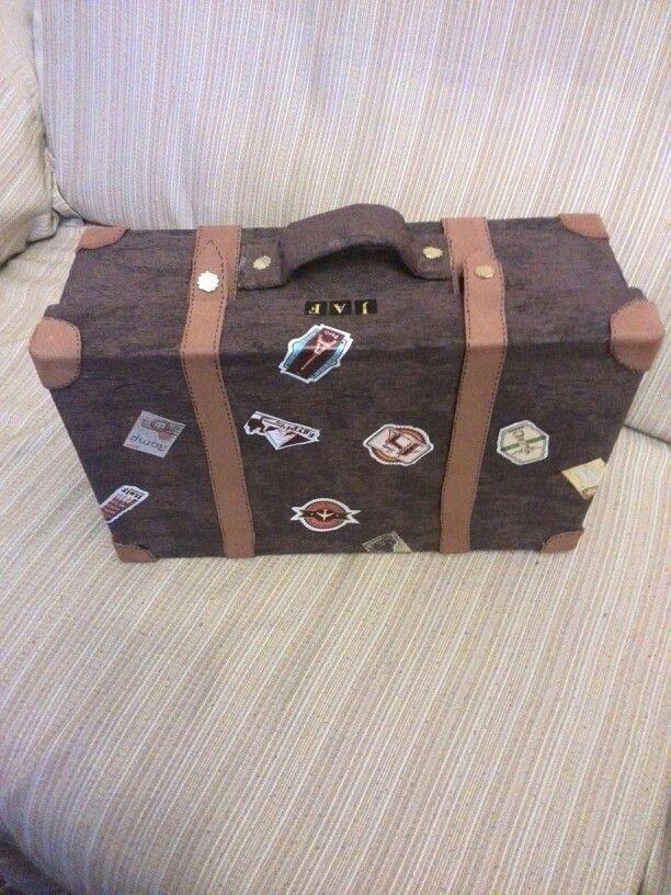 74392b16f Maleta hecha con una caja de zapatos | MALETAS | Suitcase, DIY y Doodles