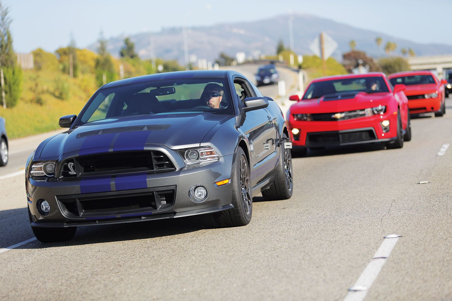 Chevy Camaro Zl1 Vs 2013 Dodge Challenger Srt8 Vs 2014
